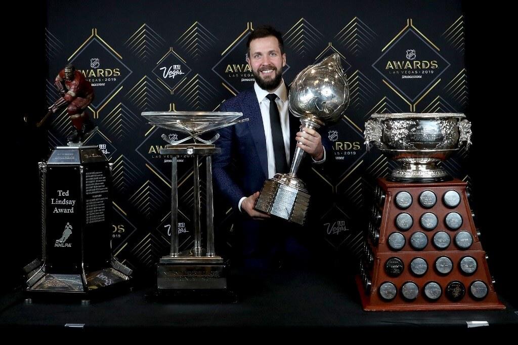 Lindsay Award, Presidents Trophy, Hart Trophy, Art Ross