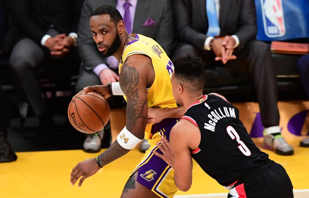 LeBron - på topp 5 av världens bäst betalda idrottare 2020.
